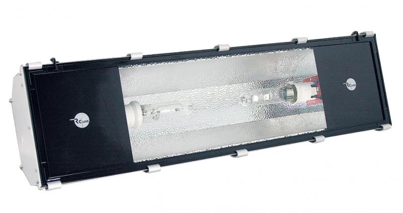 Plafoniere A Led Blu : Rc luce produzione illuminazione civile industriale led proiettori